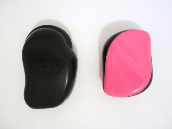 Mlle Delicieuse - Tangle Teezer 1