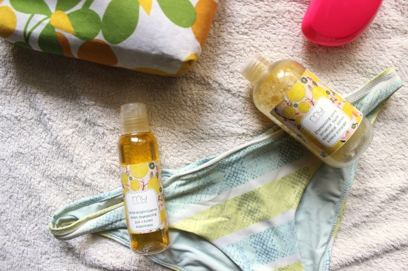 Mlledelicieuse-huile-et-shampooing-éclaircissants-MyCosmetik-1